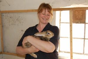 Pia med kanin